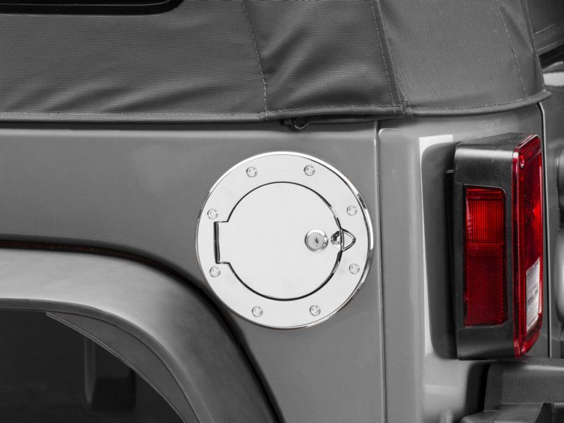 Rugged Ridge Polished Aluminum Locking Fuel Cover (07-18 Jeep Wrangler JK)