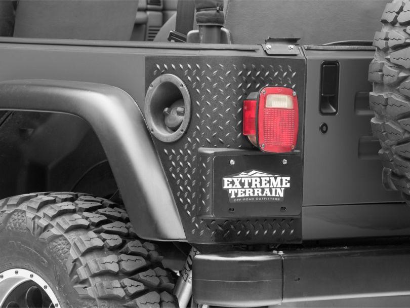 Rugged Ridge Plastic Tall Corner Rear Body Armor - Black (97-06 Jeep Wrangler TJ)