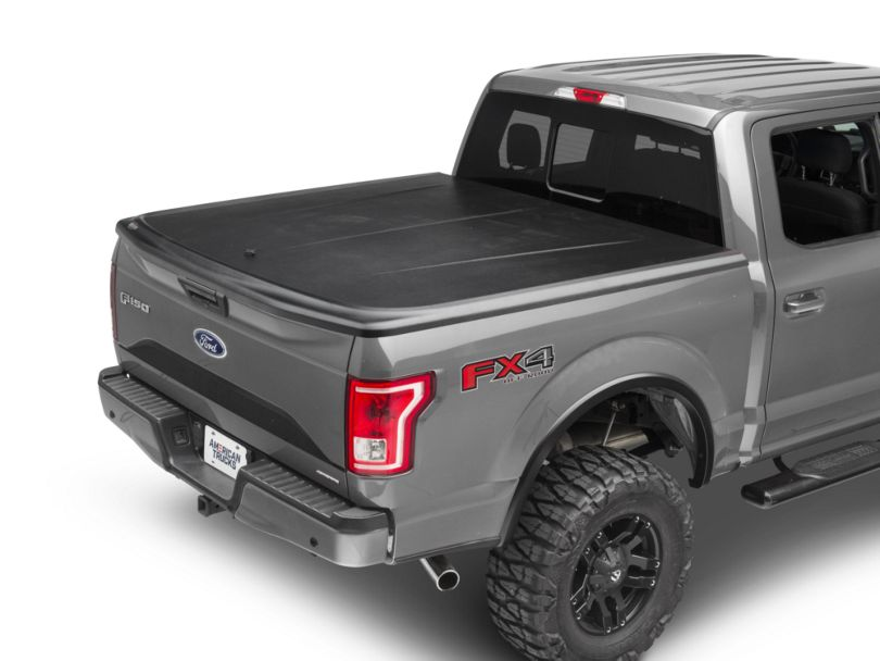 UnderCover SE Hinged Tonneau Cover; Black Textured (15-20 F-150 w/ 5.5 ft. & 6.5 ft. Bed)