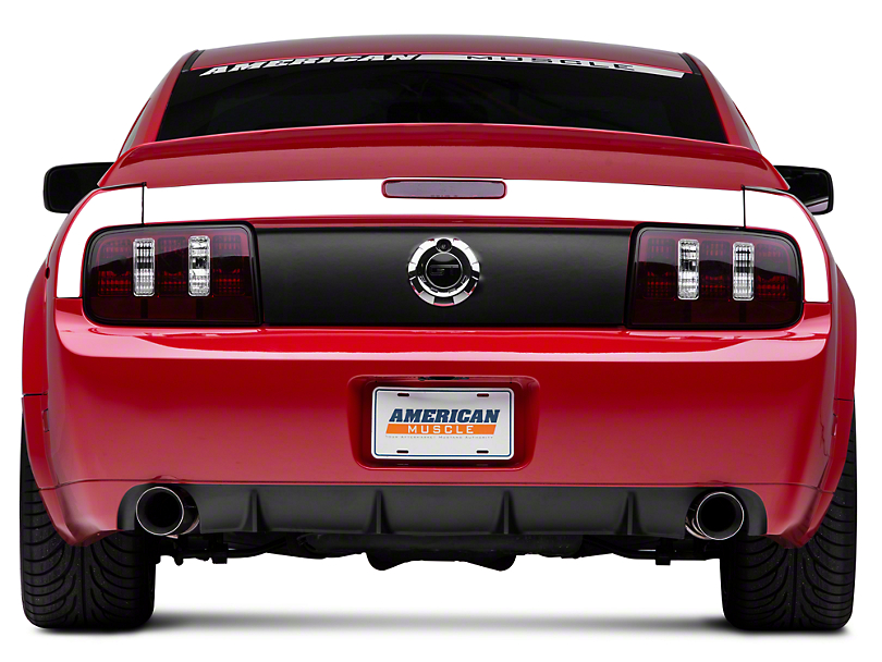 American Muscle Graphics White Rear Surround Decal - Upper Only (05-09 All)