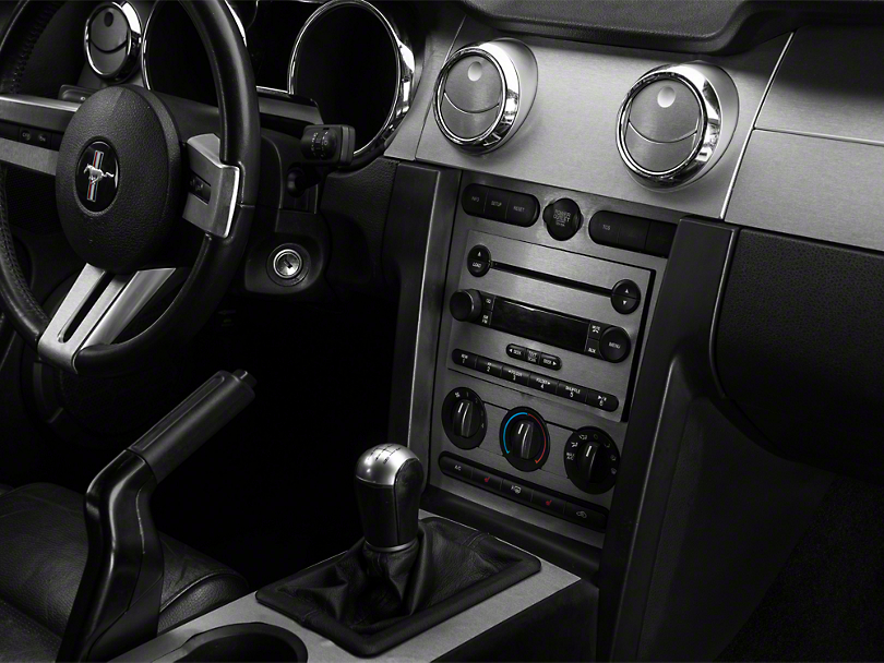 American Muscle Graphics Brushed Silver Dash Overlay Kit (05-09 All)