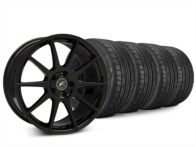 Forgestar CF10 Piano Black Wheel & NITTO NT555 G2 Tire Kit - 20x9.5 (15-17 All)