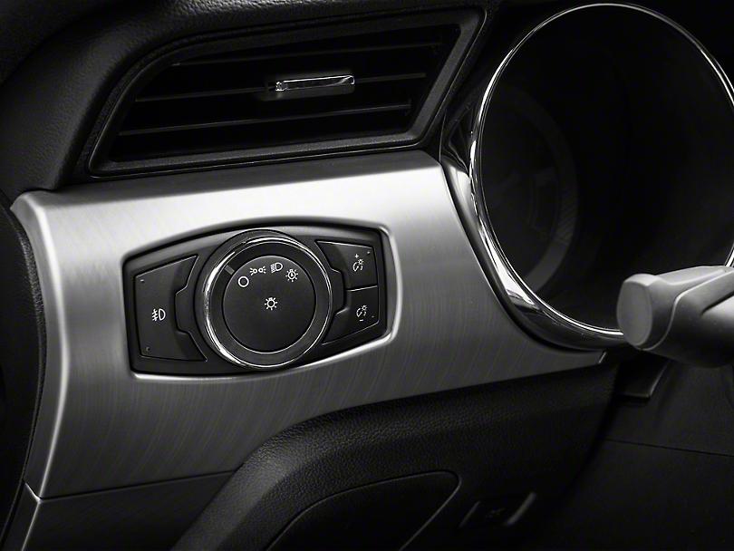 Raxiom Headlight/Fog Light Switch and Wiring Kit (15-17 V6)