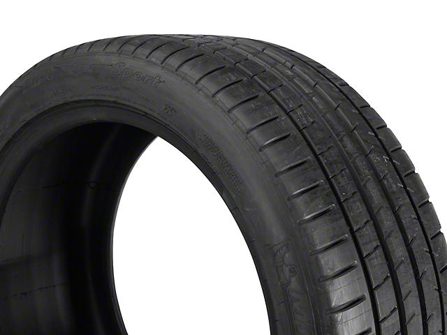 Michelin Pilot Super Sport Tire (17 in., 18 in, 19 in., 20 in.)