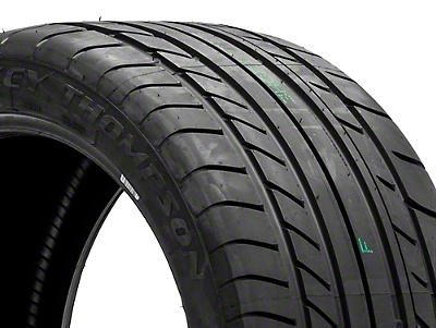 Mickey Thompson Street Comp Tire - 255/35R20 (05-17 All)