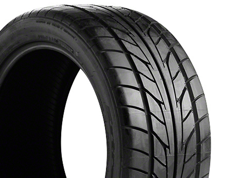 NITTO Extreme Performance NT555 Tire (17 in., 18 in., 20 in.)