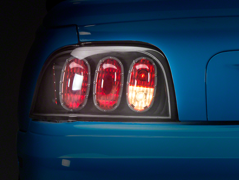 Alteon Bermuda Black Euro Tail Lights (96-98 All)