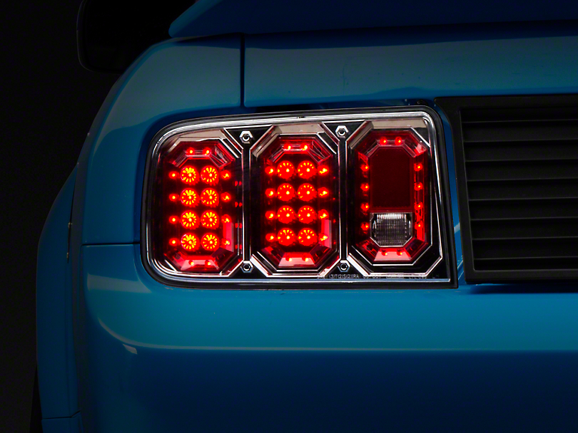 Axial Crystal Clear LED Tail Lights (05-09 All)