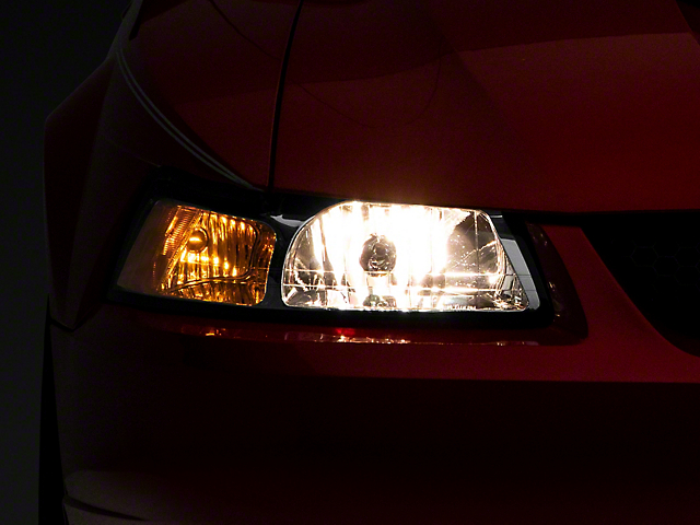 OE Style Headlights; Chrome Housing; Clear Lens (99-04 All)
