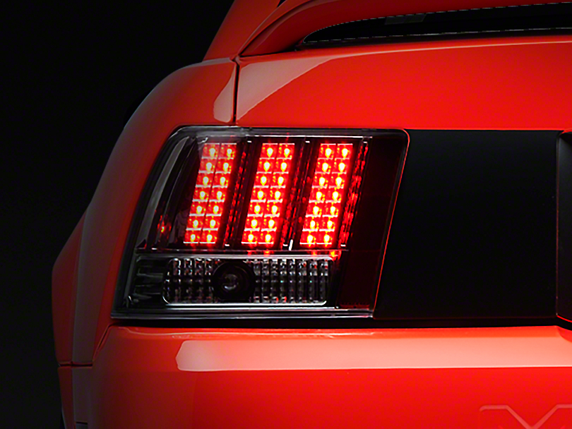 Axial Chrome 3-Light LED Tail Lights (99-04 All, Excluding Cobra)