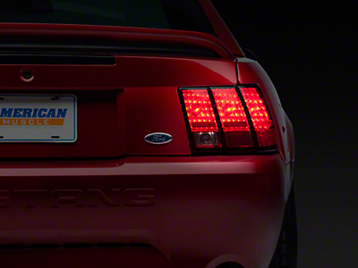 Axial Stock Replacement Tail Light - Right Side (99-04 All, Excluding 99-01 Cobra)