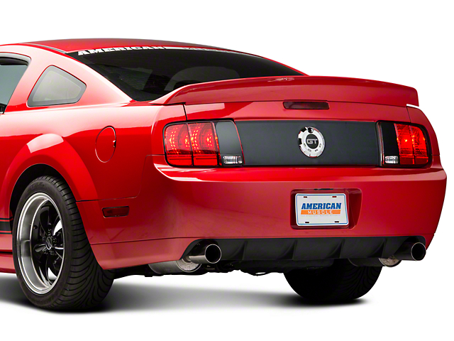 SpeedForm Saleen Style Rear Blackout Kit (05-09 All)