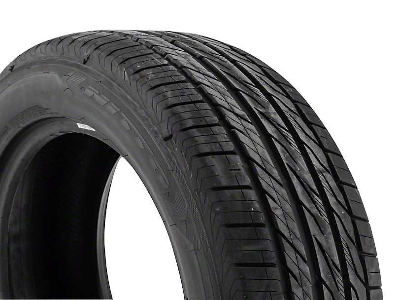 NITTO Motivo All Season Tire (17 in., 18 in., 19 in., 20 in.)