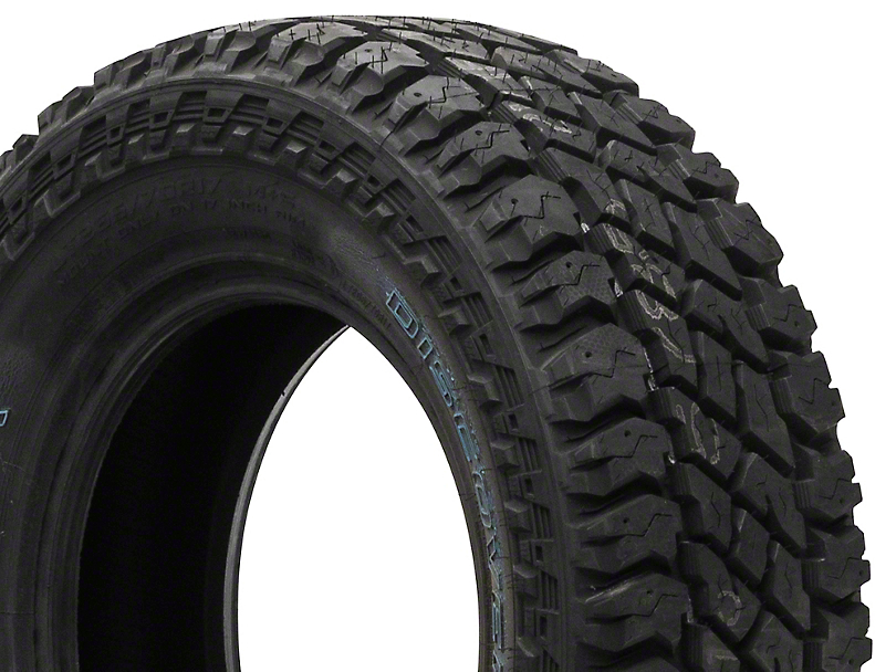 Cooper Discoverer S/T Maxx Tire (Available From 31 in. to 35 in. Diameters)