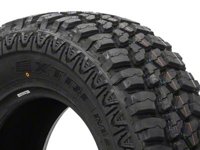 Mudclaw Extreme M/T Tire - 33x12.50R15