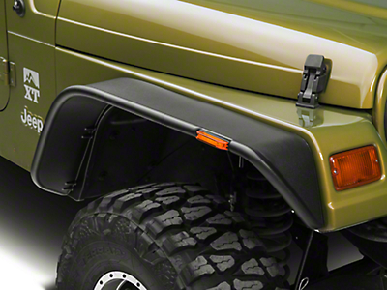 Bushwacker Flat Style Fender Flares (97-06 Jeep Wrangler TJ)