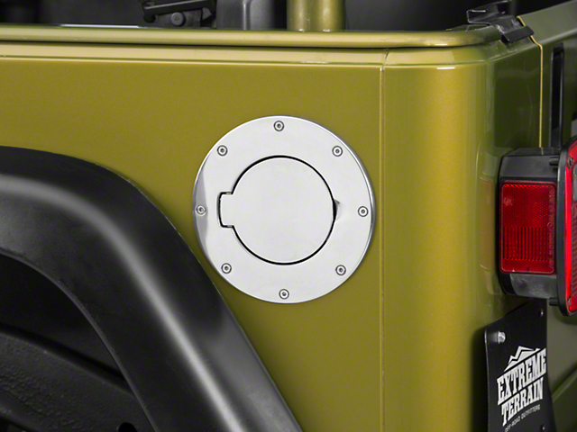 Rugged Ridge Non-Locking Billet Style Gas Cover - Polished Aluminum (97-06 Jeep Wrangler TJ)