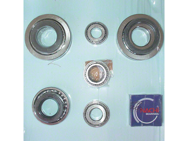 Bearing and Oil Seal Kit (87-90 Jeep Wrangler YJ)