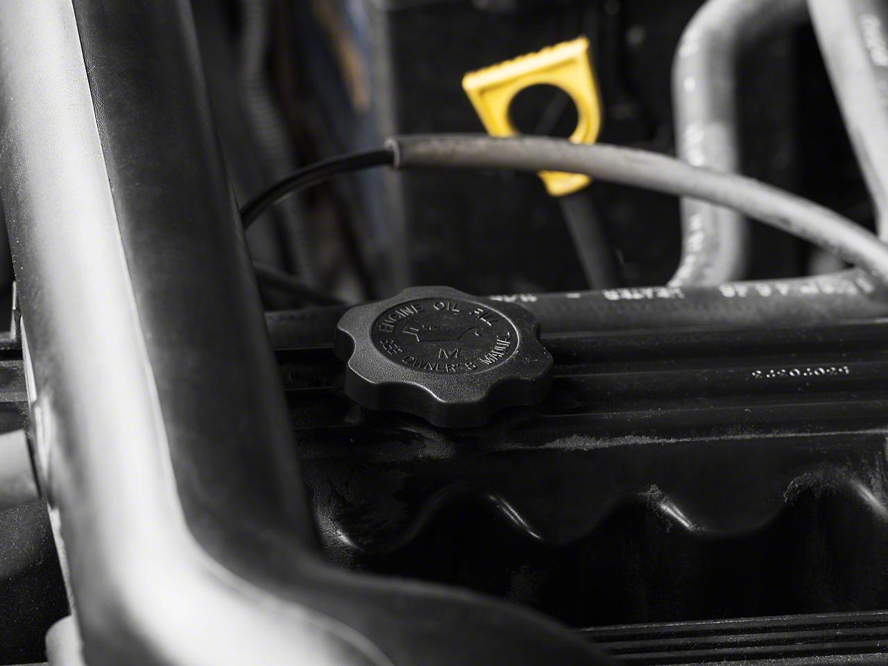 Omix-ADA Oil Cap (97-02 4.0L Wrangler TJ)