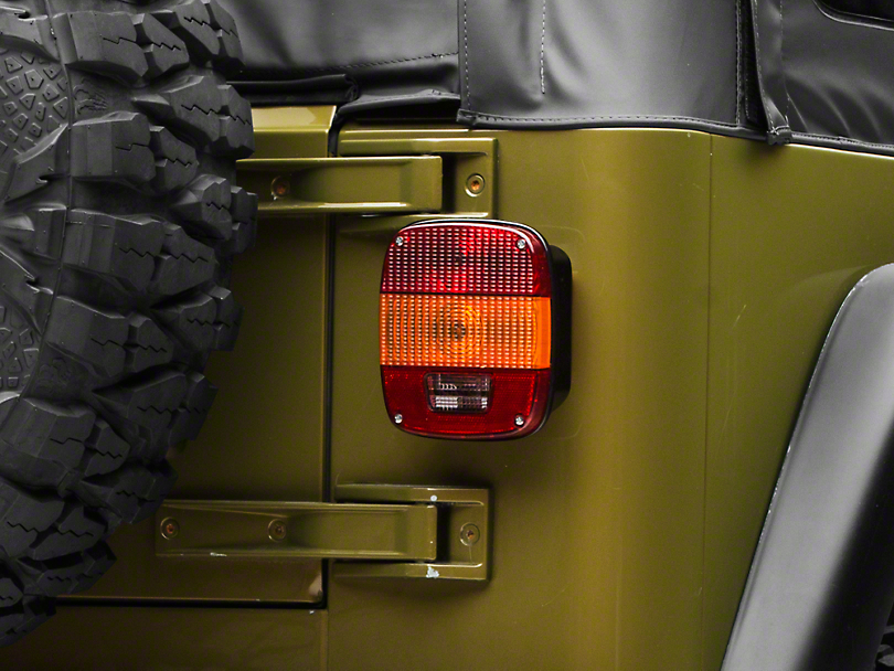 Omix-ADA Export Tail Light (97-06 Jeep Wrangler TJ)