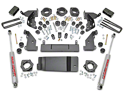 Rough Country 4.75 in. Suspension & Body Lift Kit (14-18 4WD Silverado 1500 w/ Stock Cast Control Arms)