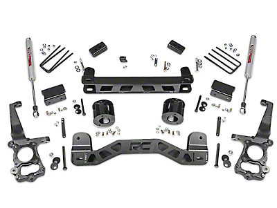 Rough Country 4 in. Lift Kit w/ Shocks (15-18 2WD F-150)