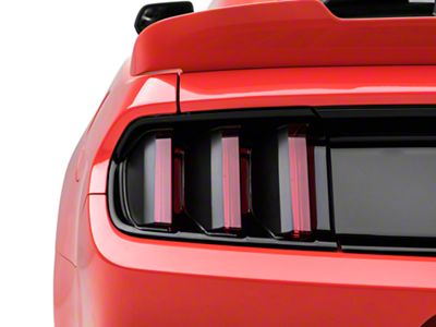 American Muscle Graphics Tail Light Black Out (15-17 All)