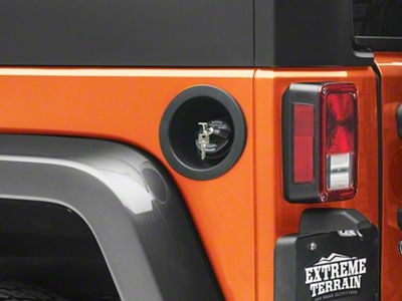 Omix-ADA Replacement Locking Gas Cap (07-18 Jeep Wrangler JK)