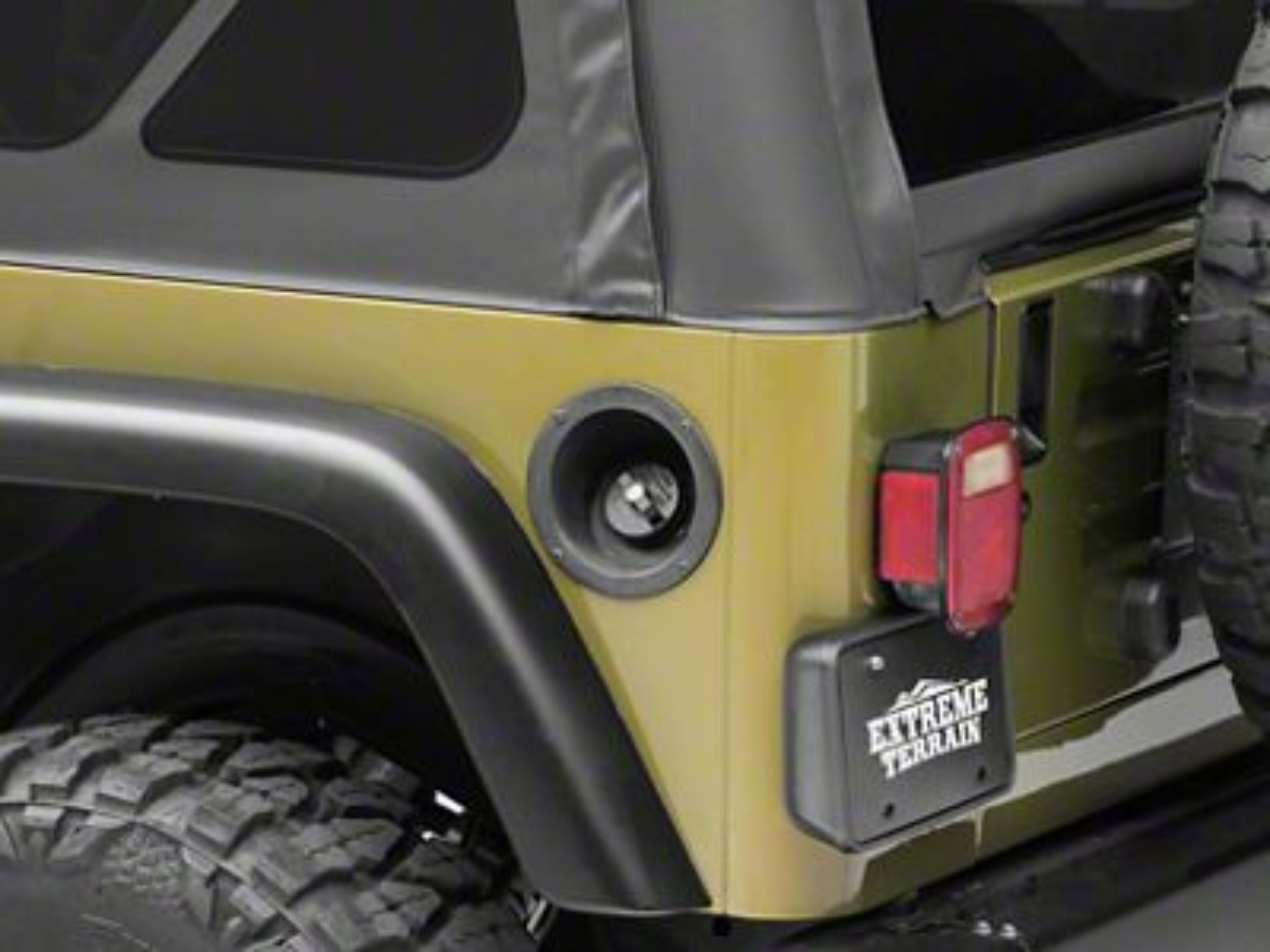 Omix-ADA Locking Gas Cap (91-00 Jeep Wrangler YJ & TJ)