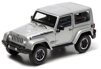 GreenLight Collectibles 2014 Jeep Wrangler JK Polar Limited Edition Diecast Model - 1:43 Scale