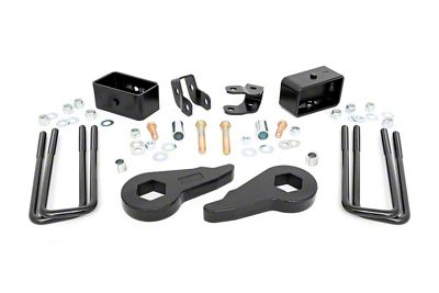 Rough Country 1.5-2.5 in. Suspension Leveling Lift Kit (99-06 4WD Silverado 1500)