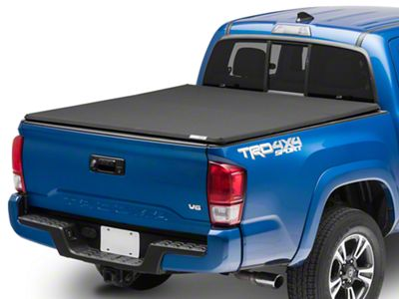 Extang Trifecta Signature 2.0 Tri-Fold Tonneau Cover (16-19 Tacoma)